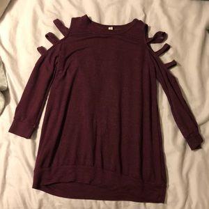 Long sleeved cold shoulder shirt